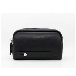 Want Les Essentiels travel pouch / toiletry bag